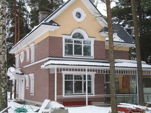 Фасад дома из облицовочного кирпича