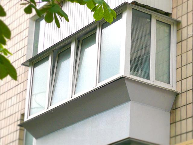 остекление балконов дома