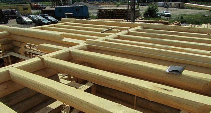 перекрытие погреба из деревянных балок