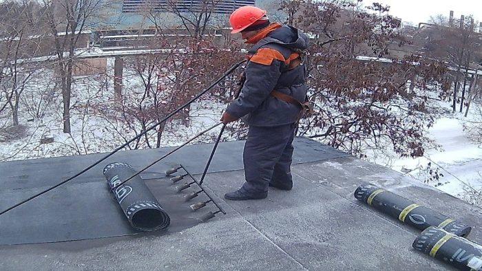 ремонт мягкокровельной крыши зимой