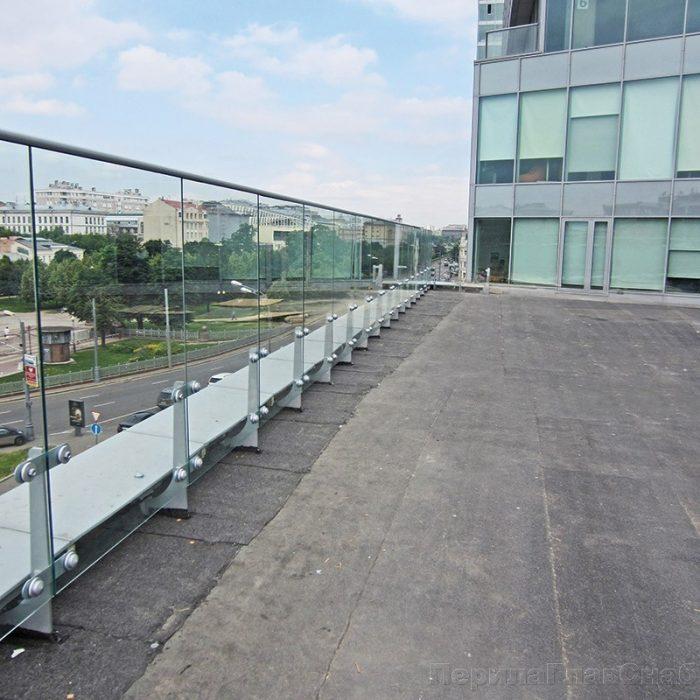 стеклянная ограда для крыши