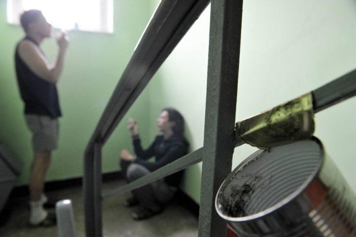 Курильщики на площадке
