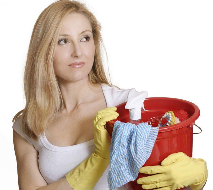 чем помыть потолок