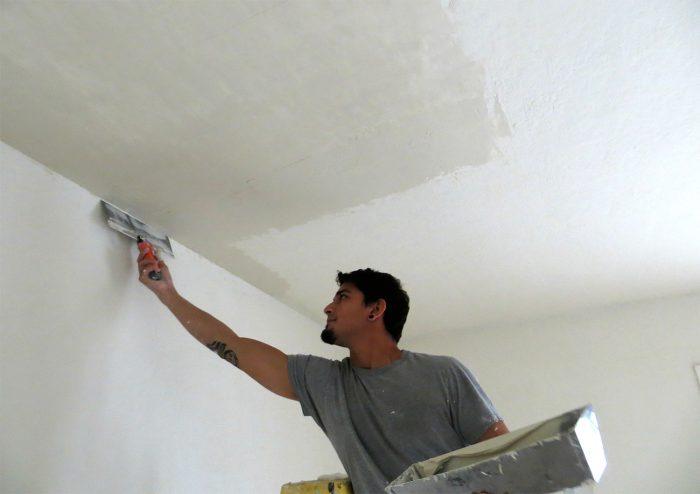 методы выравнивания потолка