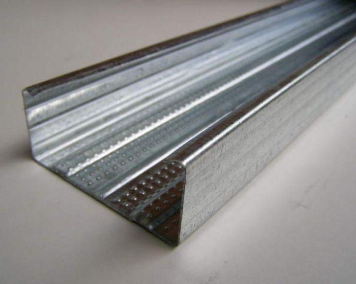 стоечная рейка из высокопрочной стали