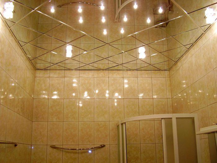 монтаж стеклянной плитки