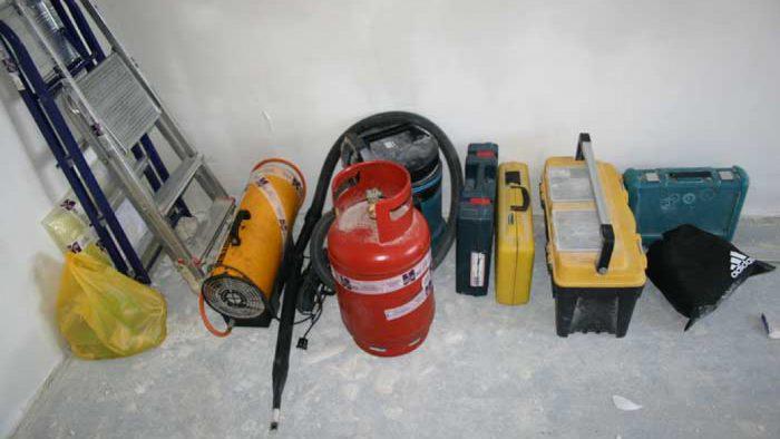 набор инструментов для монтажа натяжных потолков