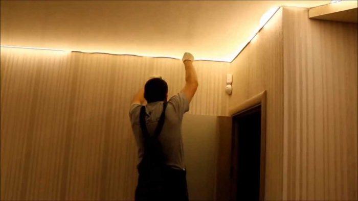 как выполнить монтаж натяжного потолка