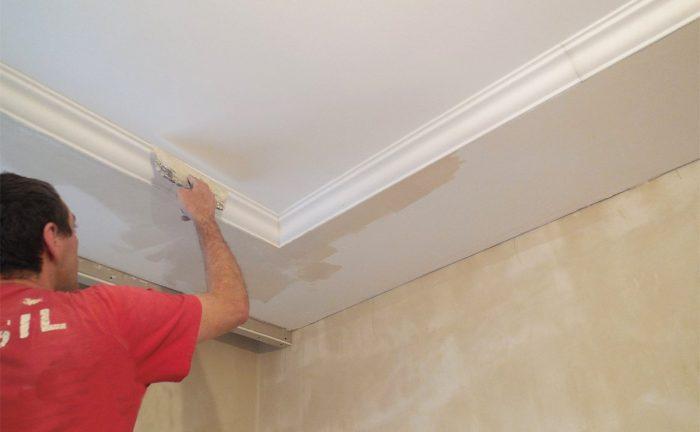 ремонт потолка из ГКЛ после затопления