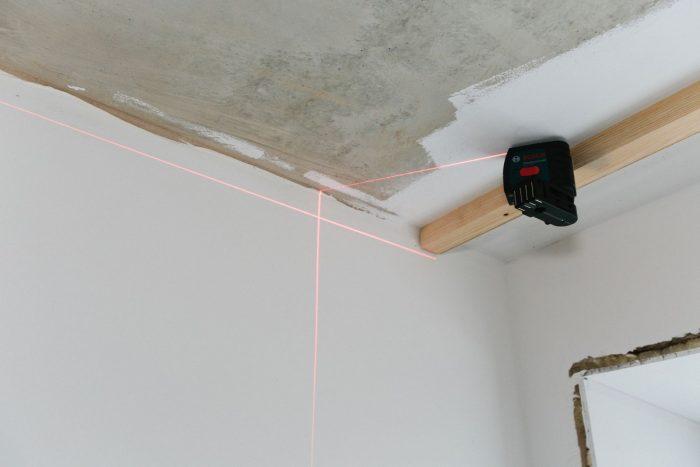 разметка поверхности потолка