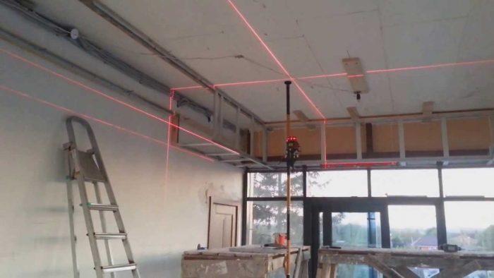 разметка повехности потолка