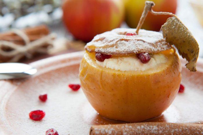 Печеные яблоки
