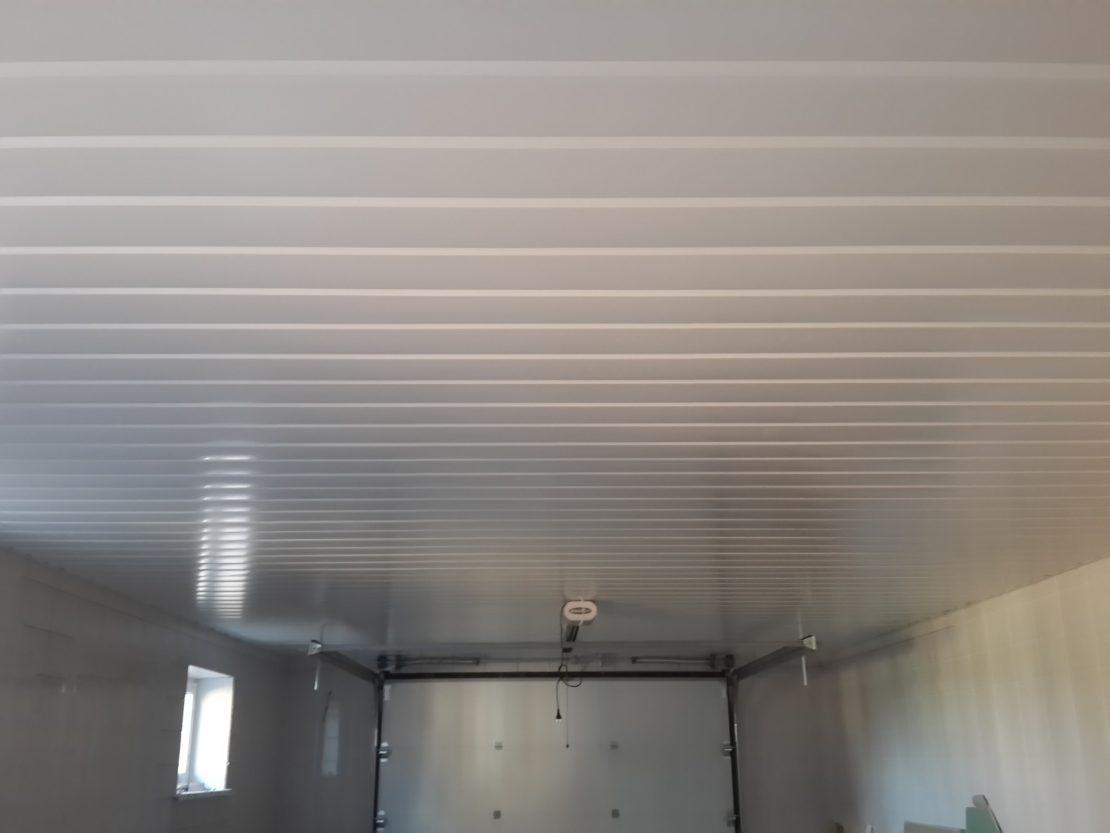 пластиковый потолок в гараже