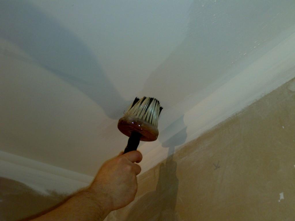 варианты ремонта потолка