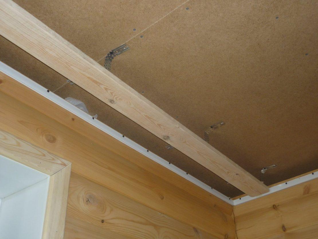 установка гардины на натяжной потолок