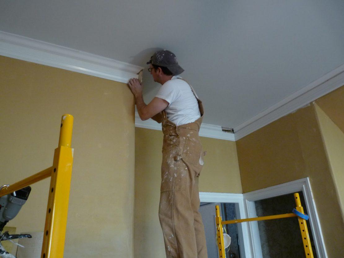 гипсовые плинтуса на потолок