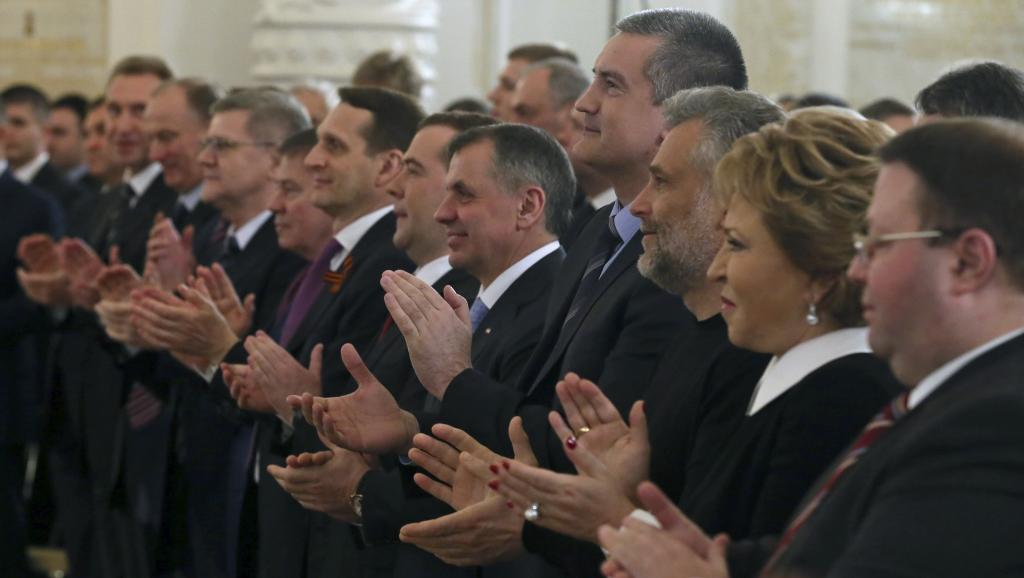 Аплодисменты Путину