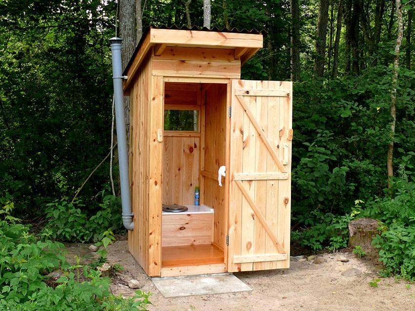 Правила расположения туалета на участке