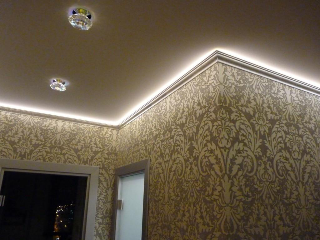 потолочные плинтусы с подсветкой