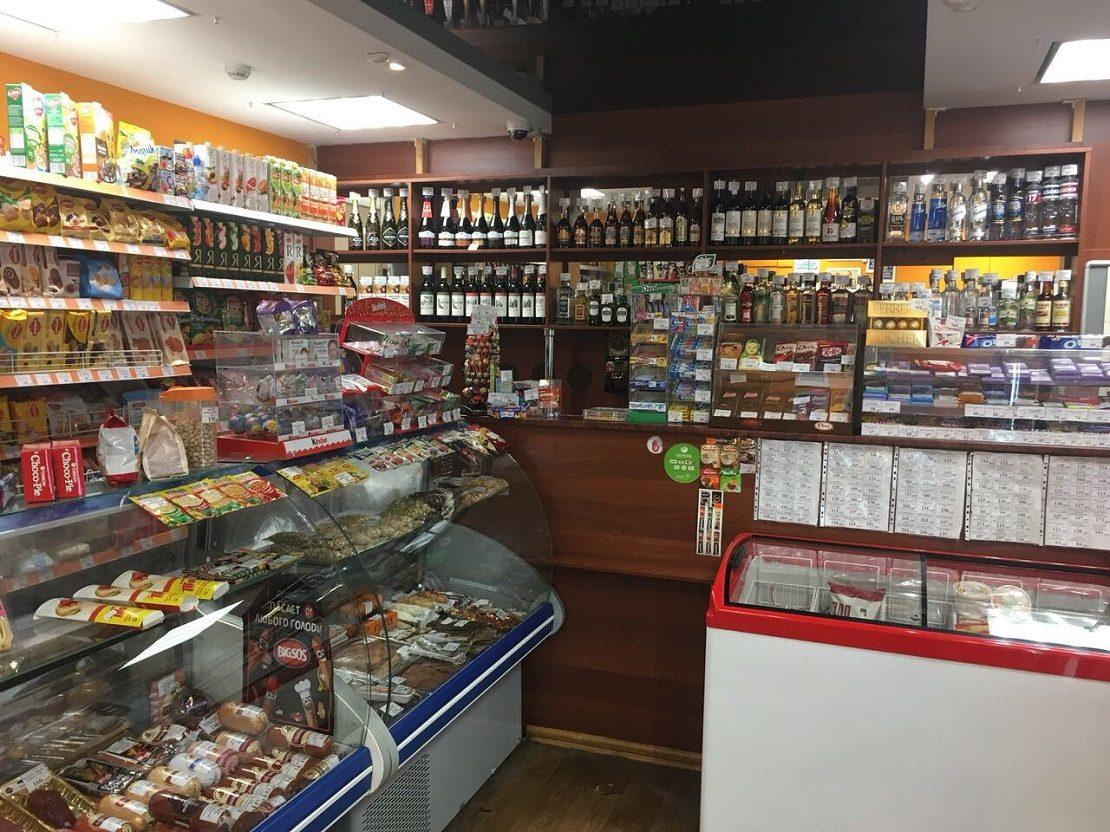 Небольшой продуктовый магазин