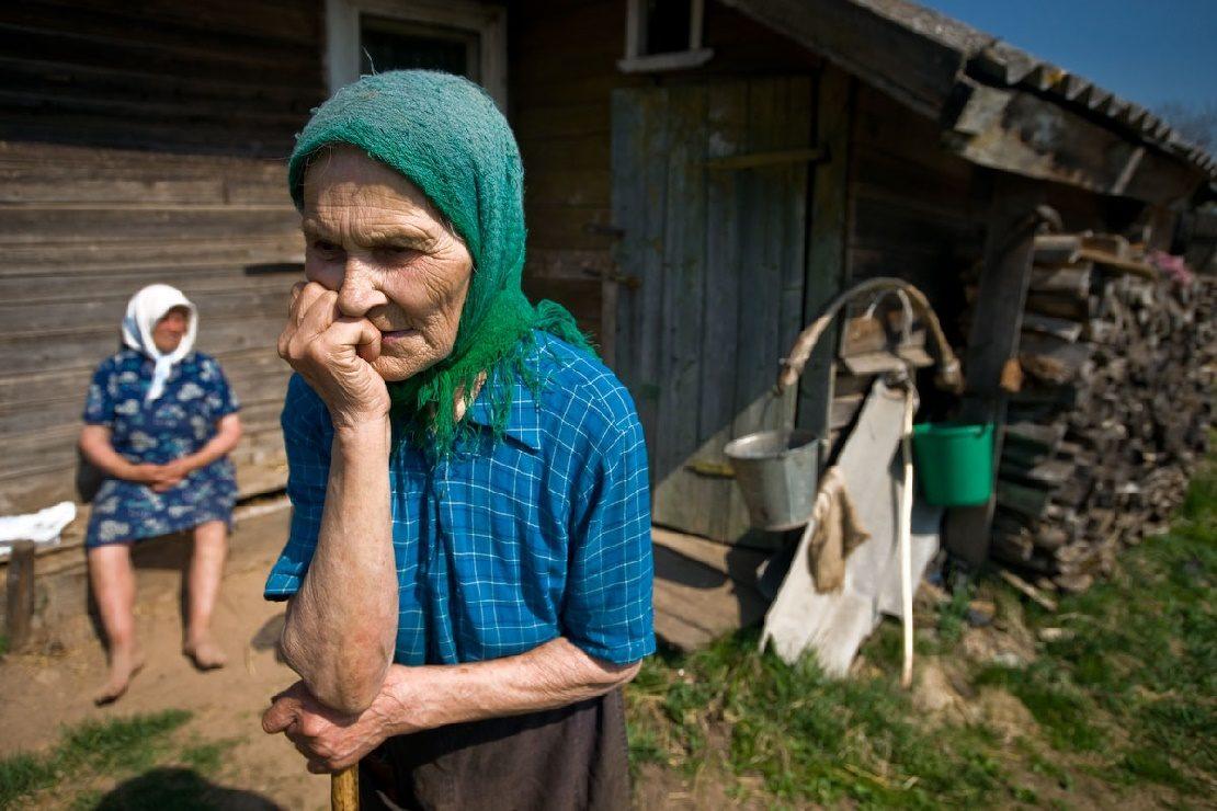 Бабушки в деревне
