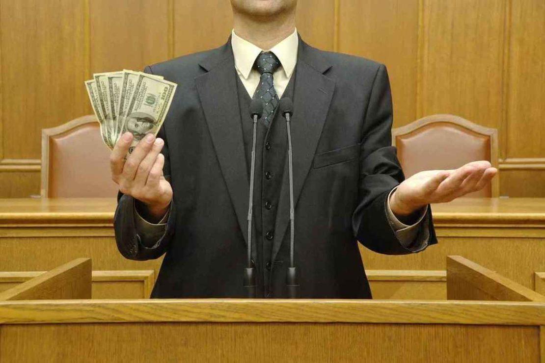 депутатам простят коррупцию