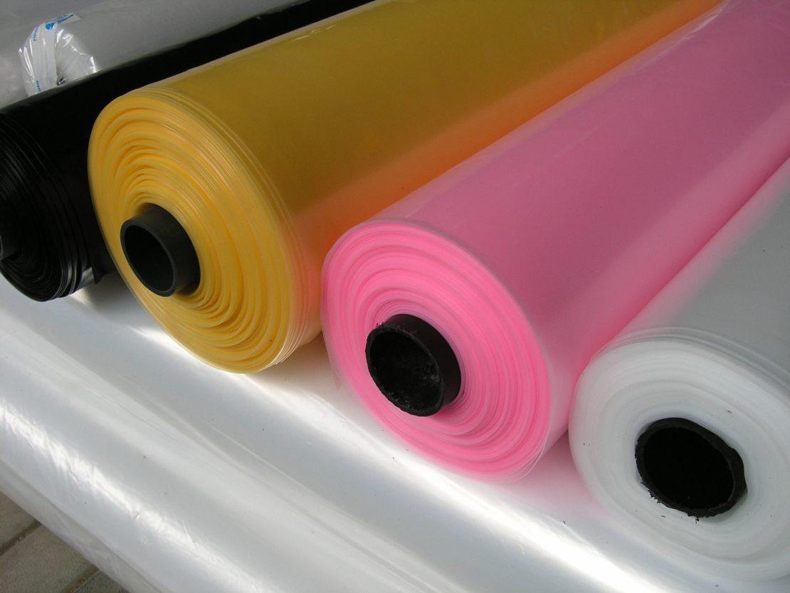 Плюсы и минусы использования пленки для теплицы