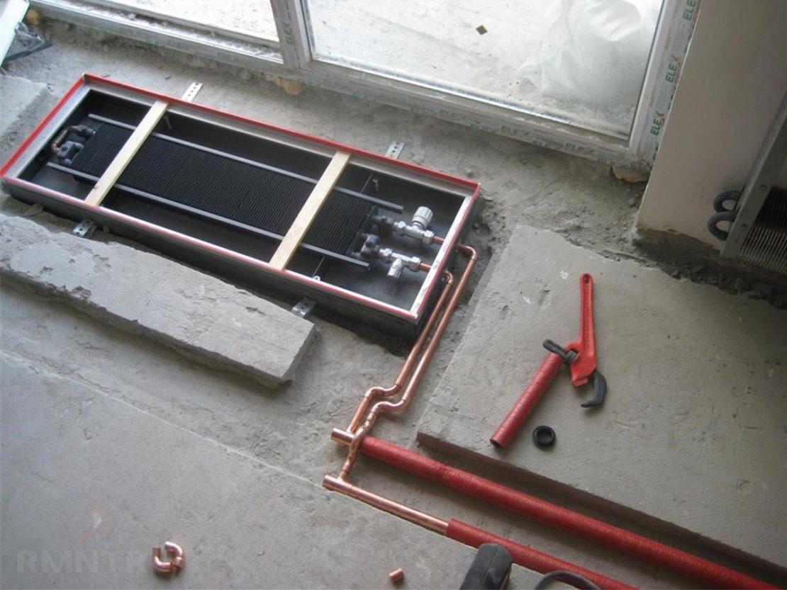 установка встроенного отопительного прибора