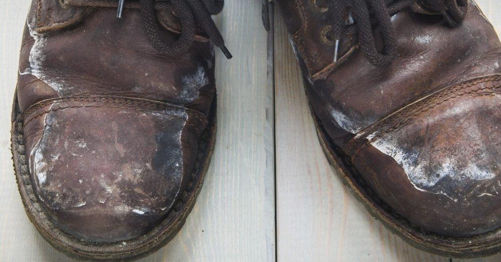 Разводы на обуви после зимы
