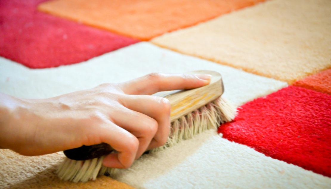 Как быстро почистить ковролин