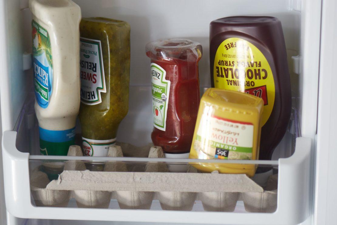 Бумажный лоток органайзер в холодильнике