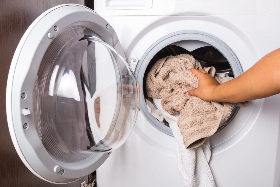 Чем нельзя стирать в стиральной машине