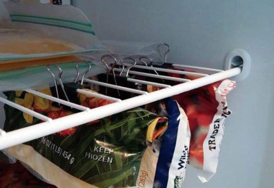 Прищепки с зажимами в холодильнике
