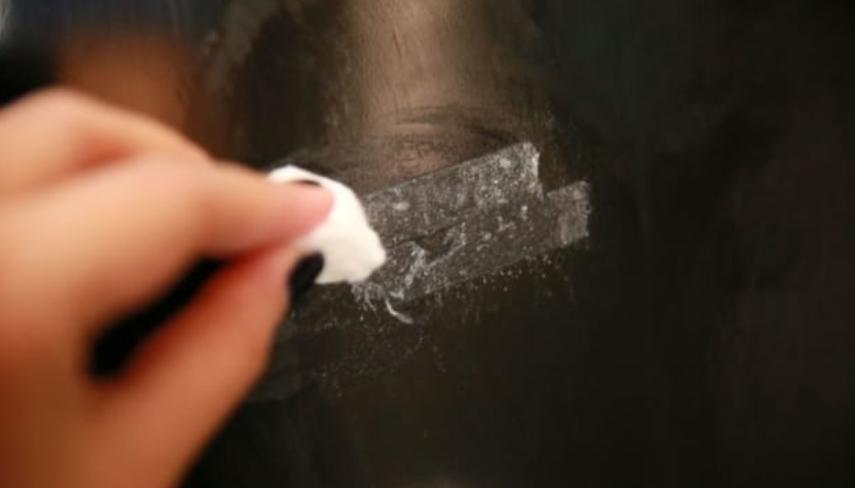 Методы удаления следов от скотча с разных поверхностей