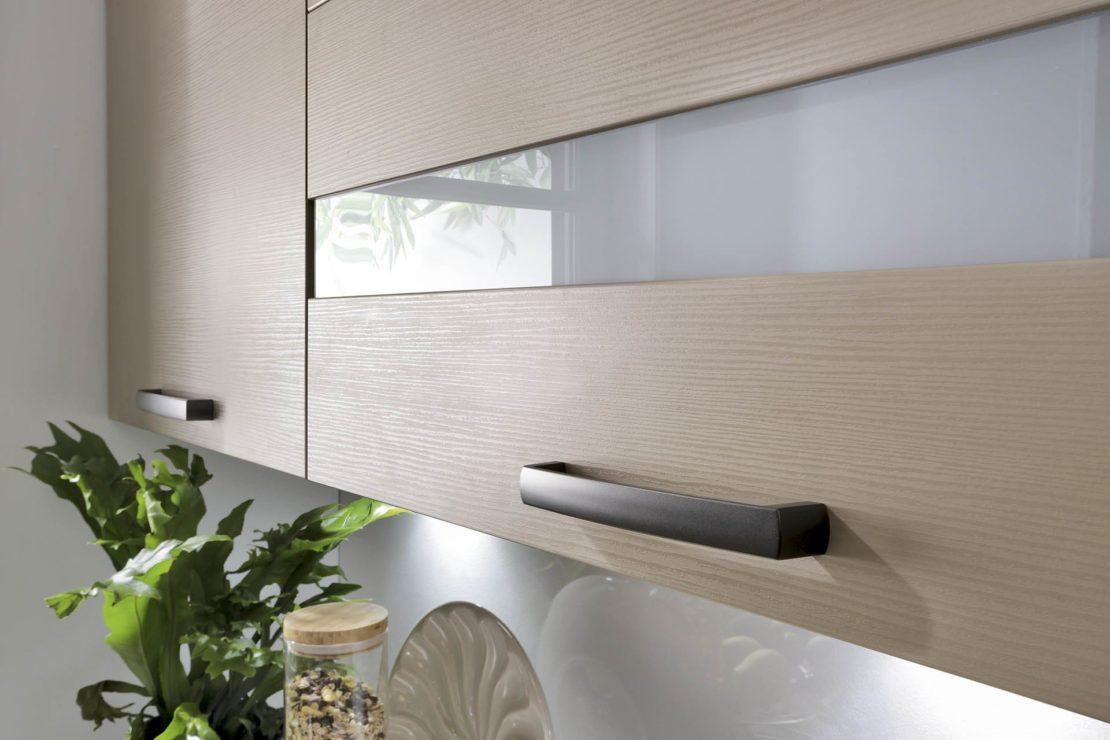 Подвесные шкафы на кухне