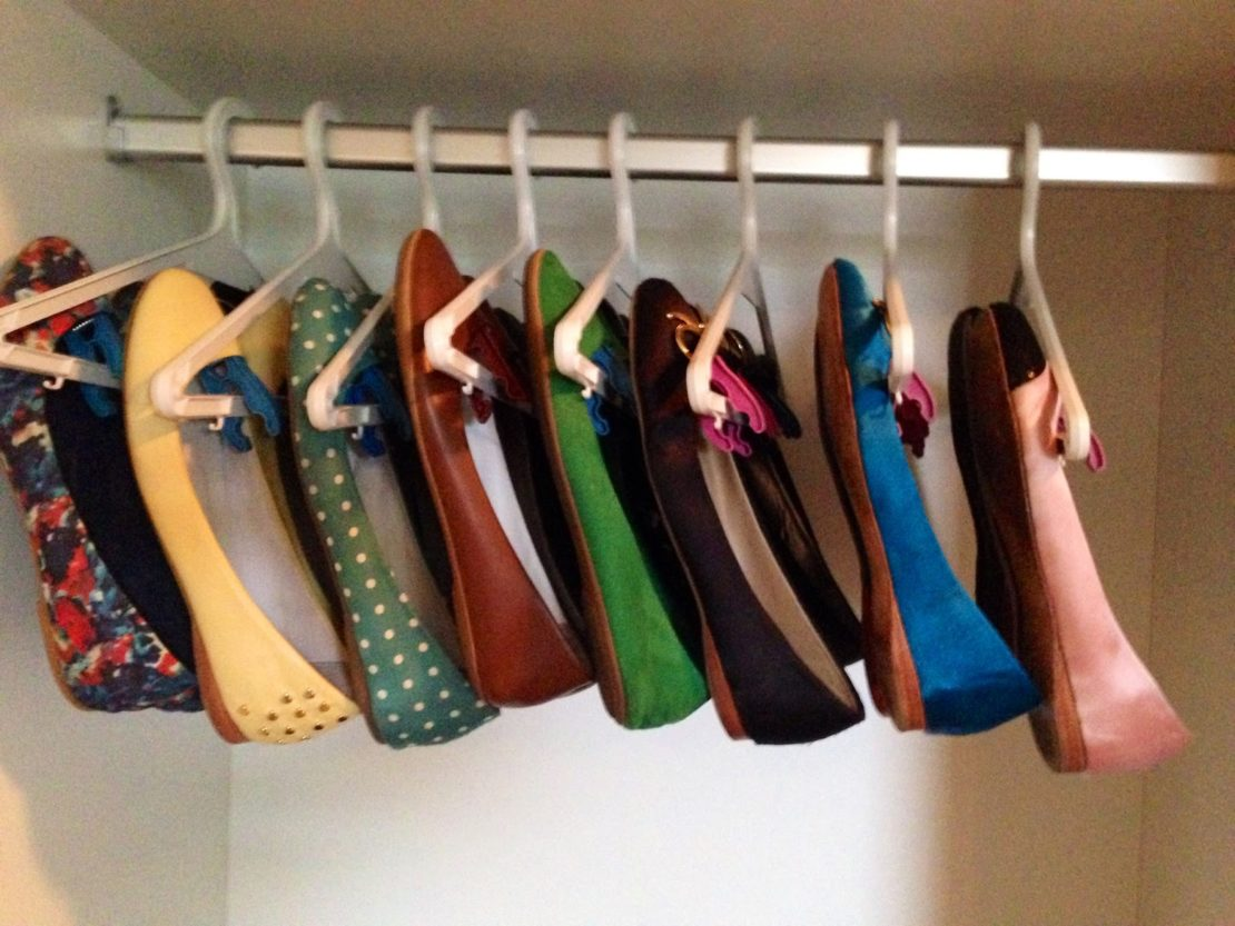 Где можно спрятать обувь