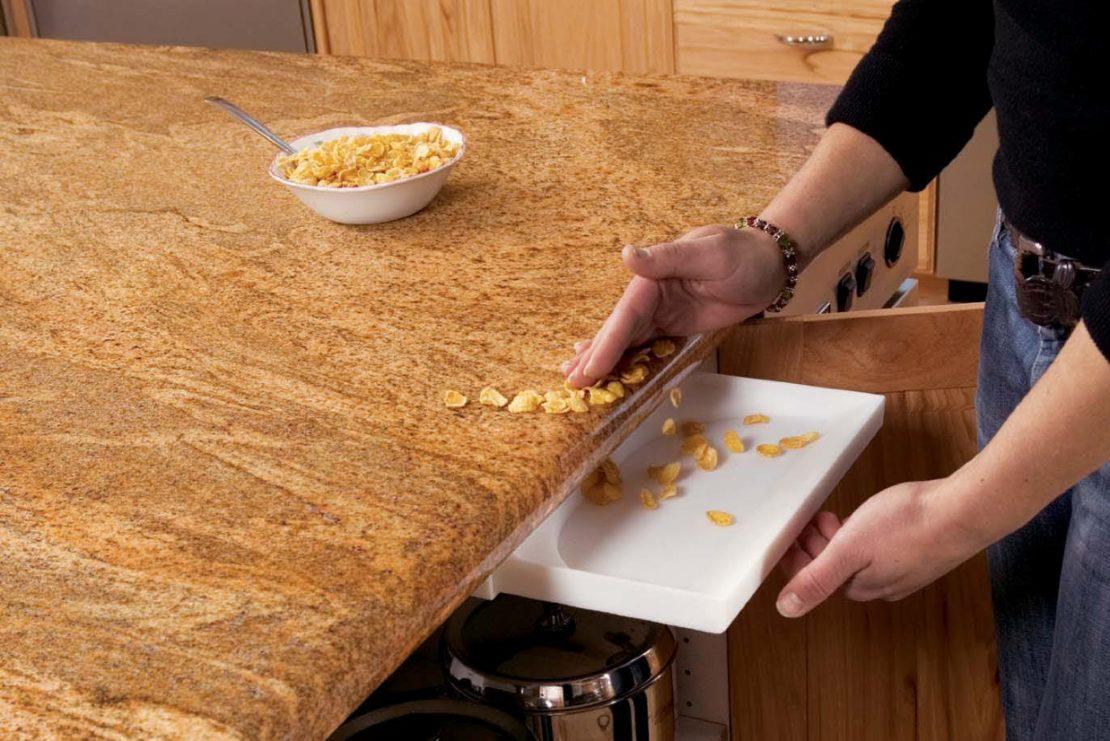 Почему нельзя сметать ладонью крошки со стола