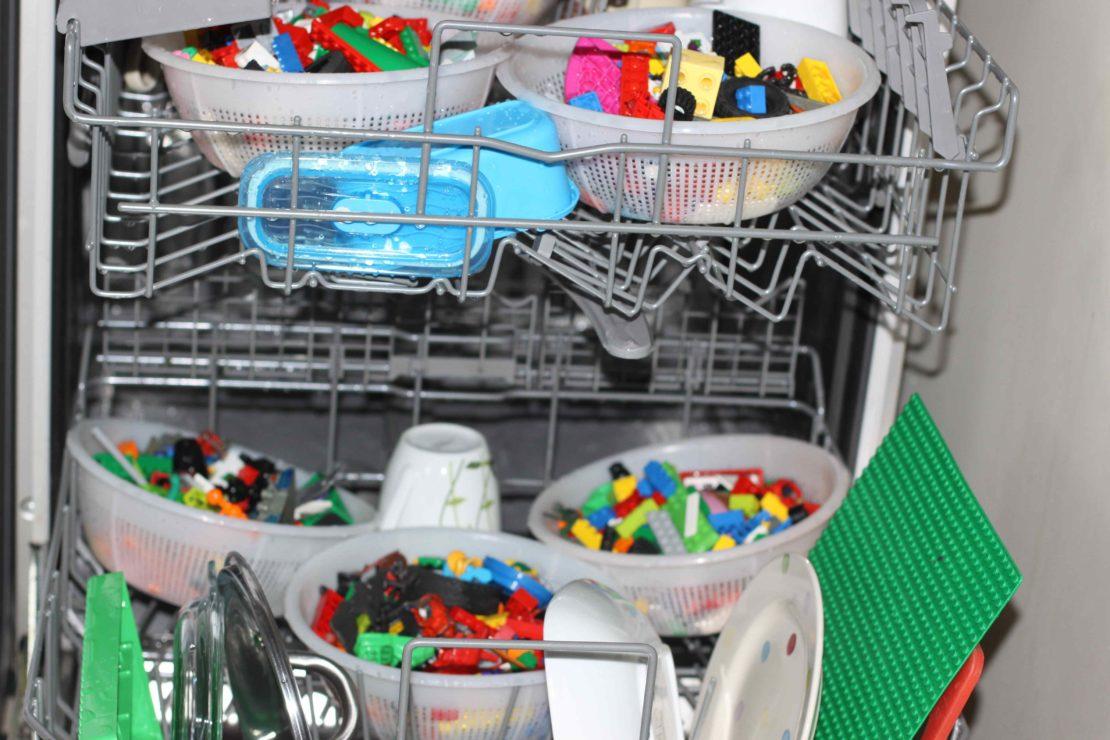 Детские игрушки можно мыть в посудомойке
