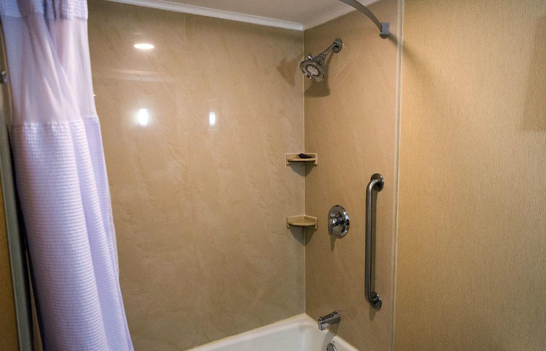 Почему в Америке в квартирах нет ванн