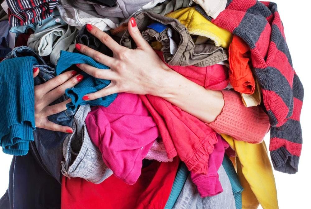 Можно ли мыть пол старой одеждой или нет