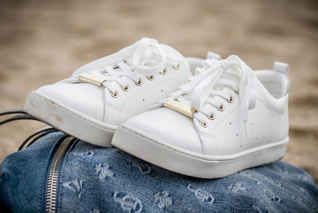 Чем отмыть кроссовки