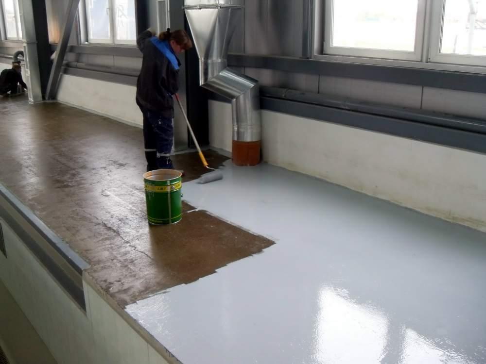 Плюсы использования резиновой краски и ее отличительные характеристики