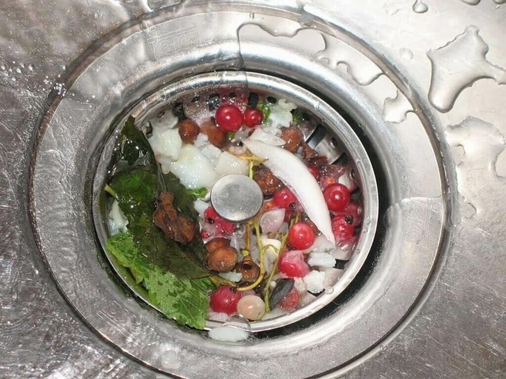 Какие продукты нельзя смывать в раковину