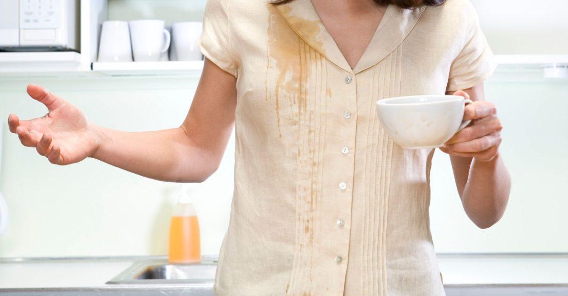 Как и чем отстирать чай с одежды