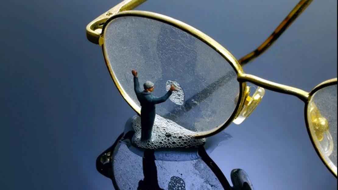 Как отмыть пластиковые линзы в очках и мои рекомендации