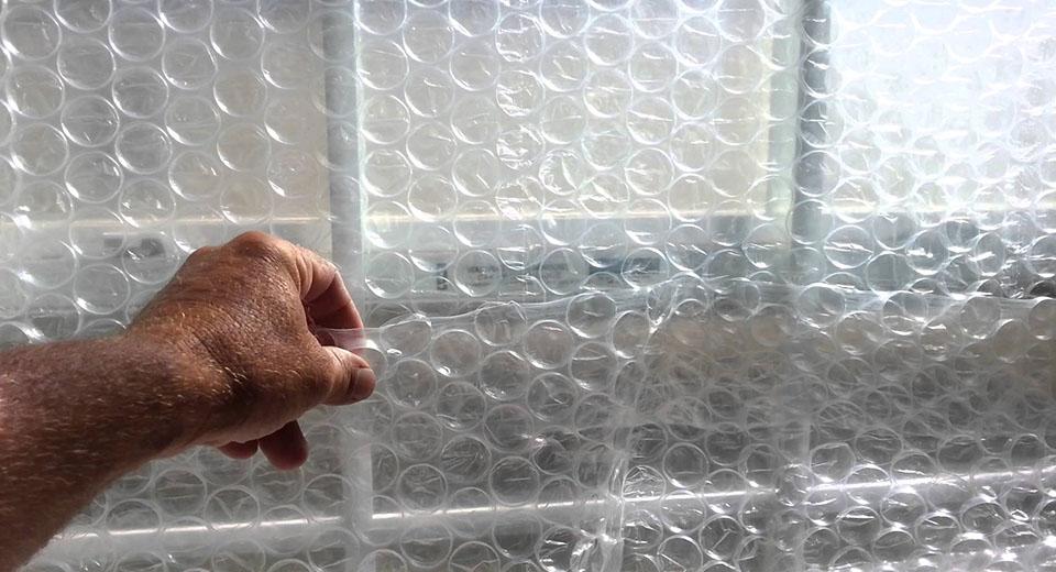 Куда применять воздушно-пузырчатую пленку в быту