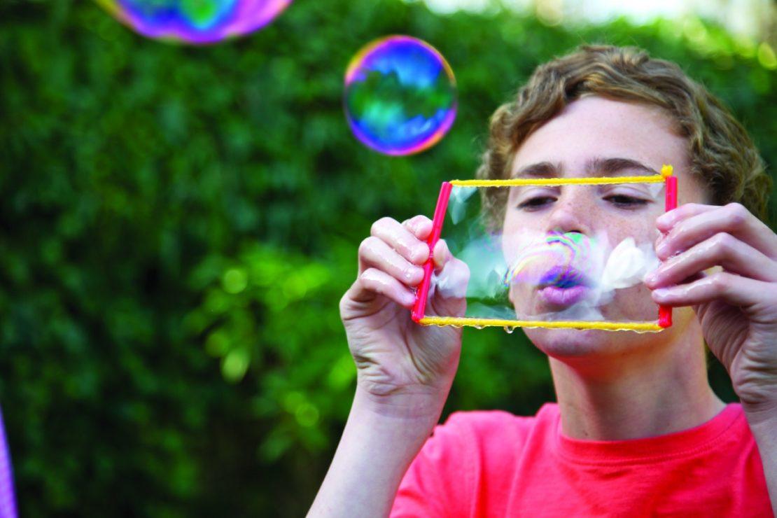 чем надуть мыльные пузыри