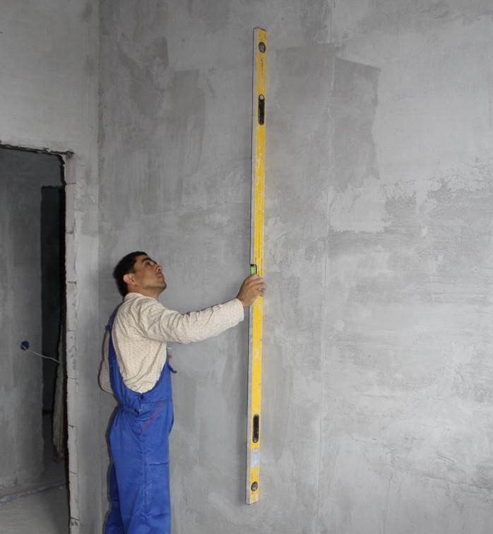 Выравниваем деревянные стены своими руками видео