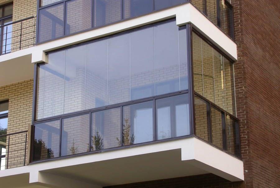обшивка и остекление балконов