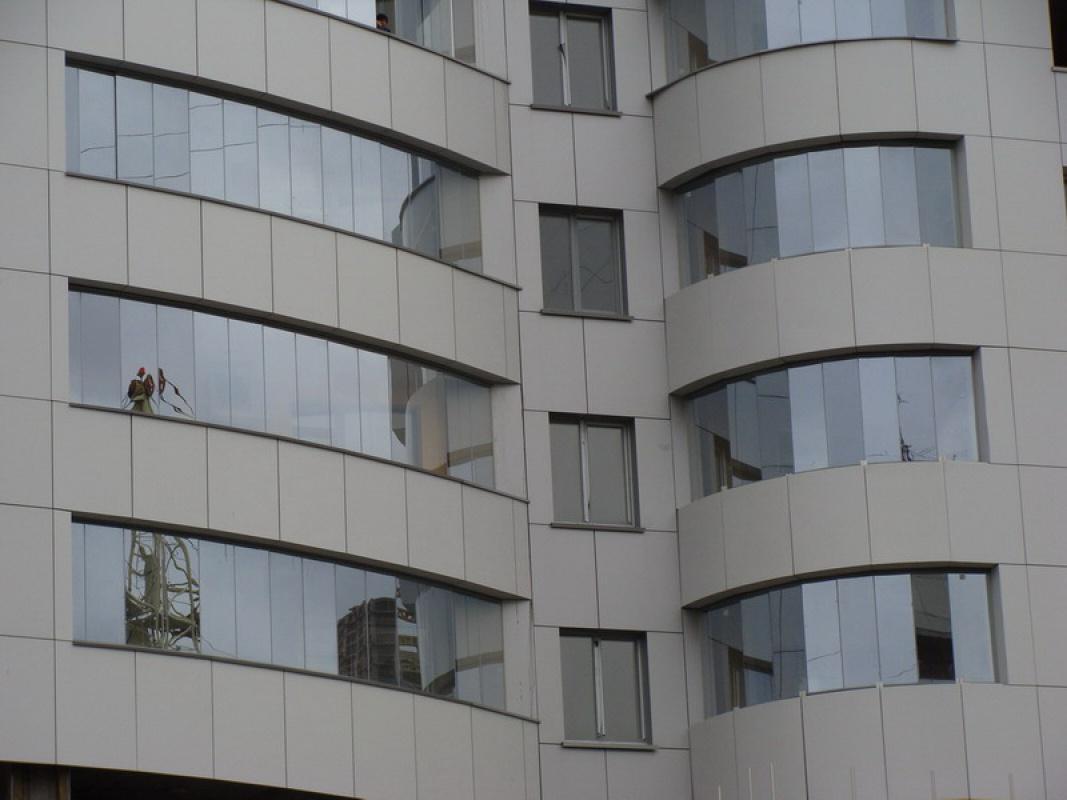 легкое остекление балконов